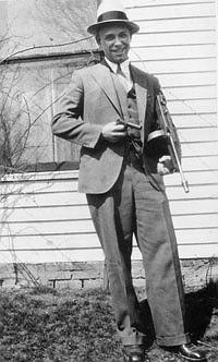 John Dillinger with the infamous wooden pistol